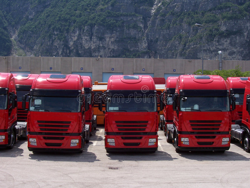 Download Truck Line Royalty Free Stock Image - Image: 2634176