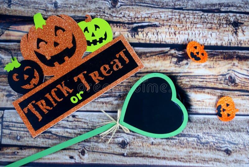 Truco o invitación - Halloween foto de archivo libre de regalías