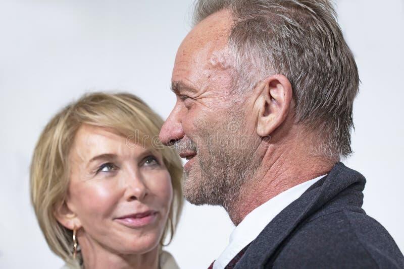 Trudie Styler y Sting en el 35to aniversario de ESTO ES PUNCI?N LUMBAR en el festival de cine 2019 de Tribeca foto de archivo