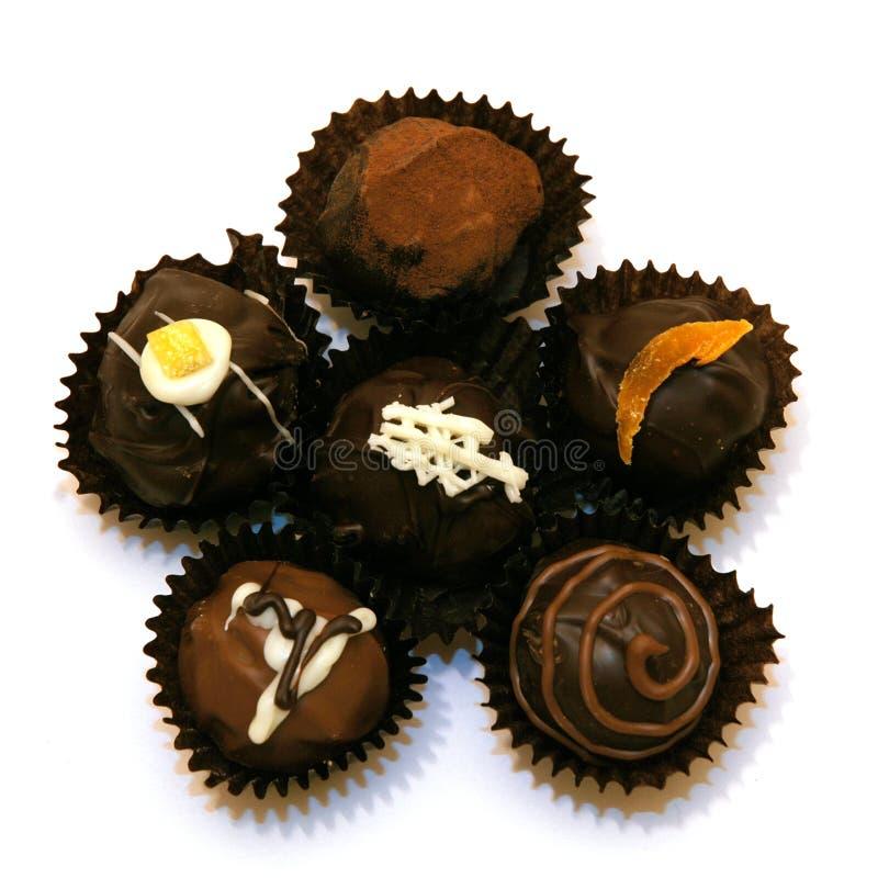 Truffes de chocolat assorties images libres de droits