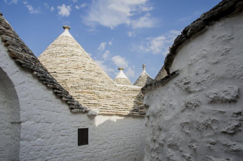 Download Trulli in Alberobello stockbild. Bild von gebäude, erbe - 26363823