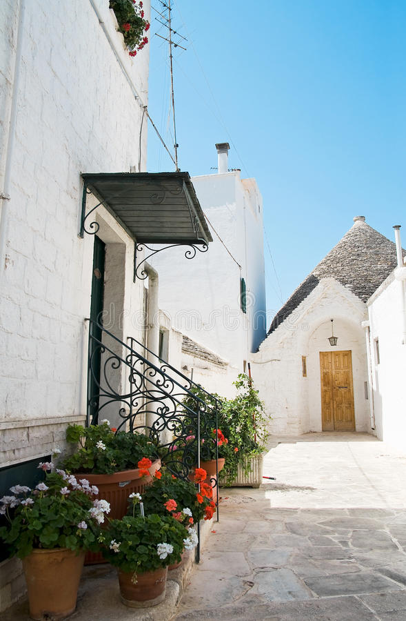 Trulli. Alberobello. Apulia. imagem de stock
