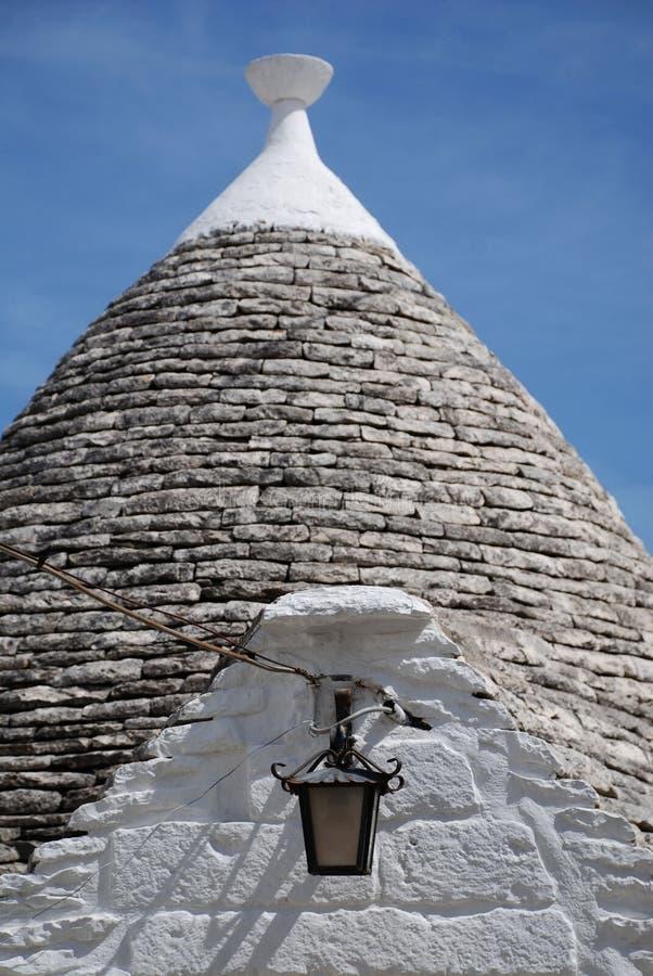 Trullo-Dach mit Licht lizenzfreies stockfoto
