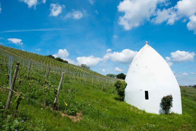 Trullo oder rundes Haus in Flonheim, Rheinhessen, Rheinland-Pfalz, Deutschland stockfotografie