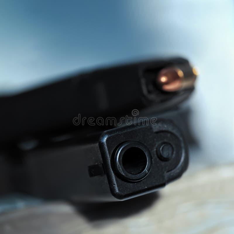Trumman av ett vapen och tystar ned arkivfoton