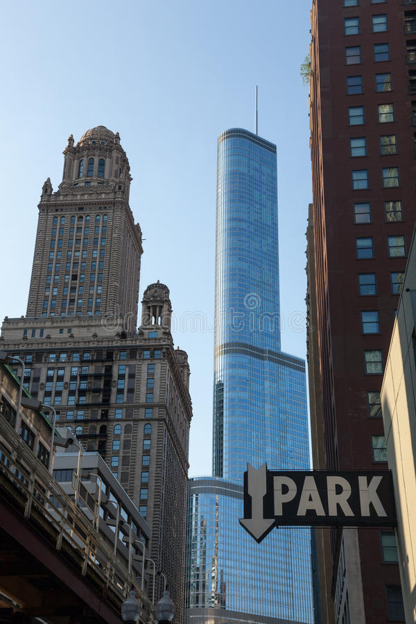 Download Trump Hotel Towers Over Downtown Chicago Editorial Photography - Image: 24989152