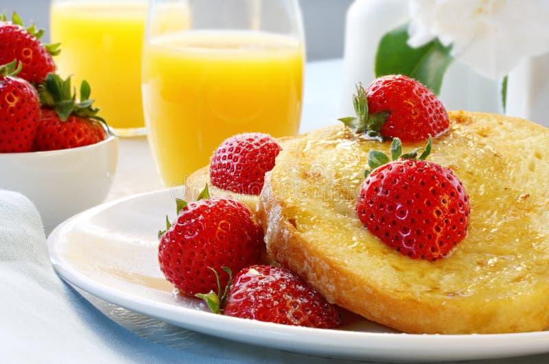 truskawki francuskiej toast obraz stock