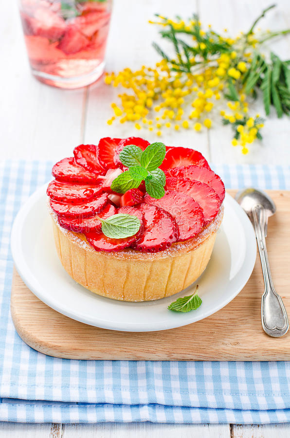 Truskawkowy cheesecake obrazy royalty free