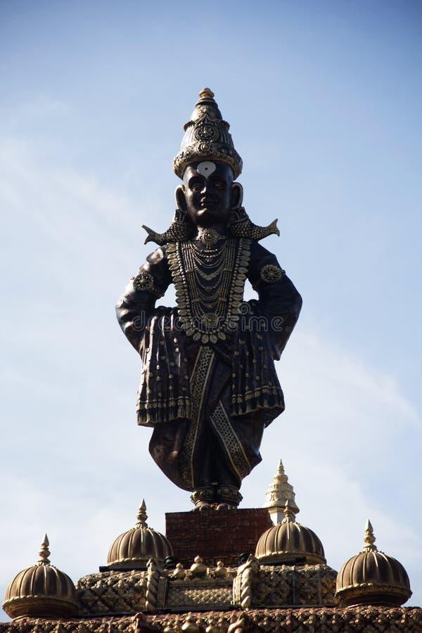 Trwanie statua władyka Vitthal podczas Ganpati festiwalu, w górę, Pune fotografia royalty free