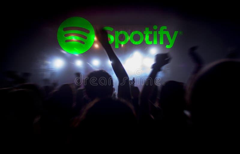 Tryckning för konsert Spotify för levande musik arkivfoto