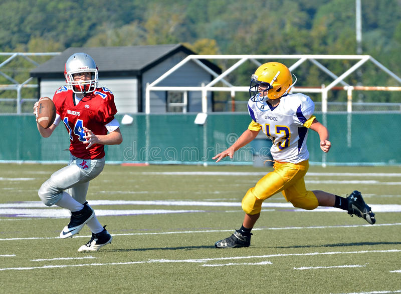 Trying to Pass the Football royalty free stock photography