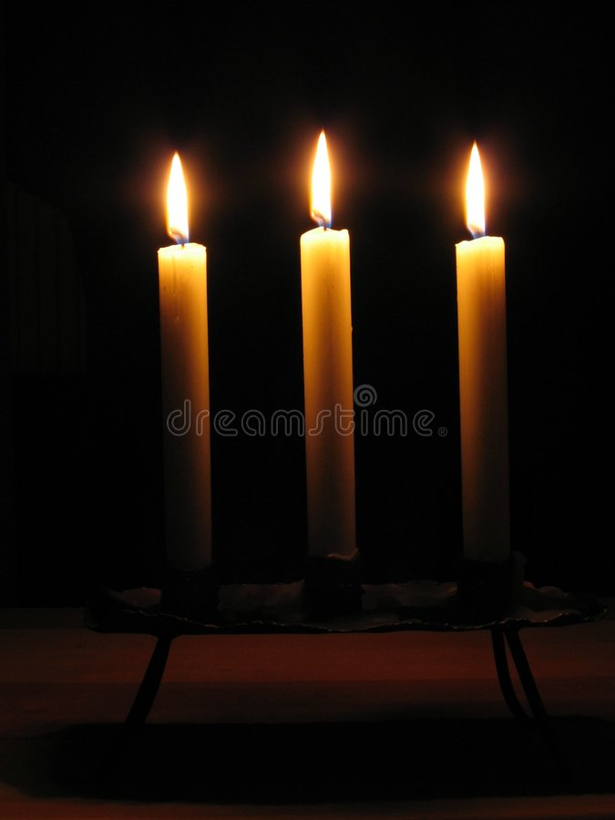 trzy świece. zdjęcie royalty free