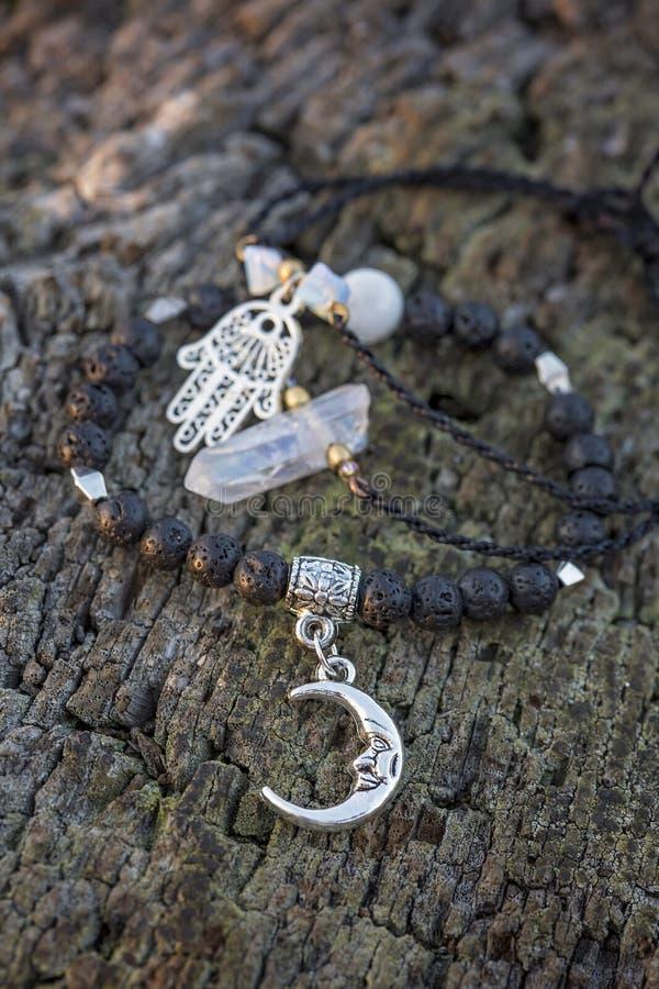 Trzy bransoletki z gemstone koralikami zdjęcie stock