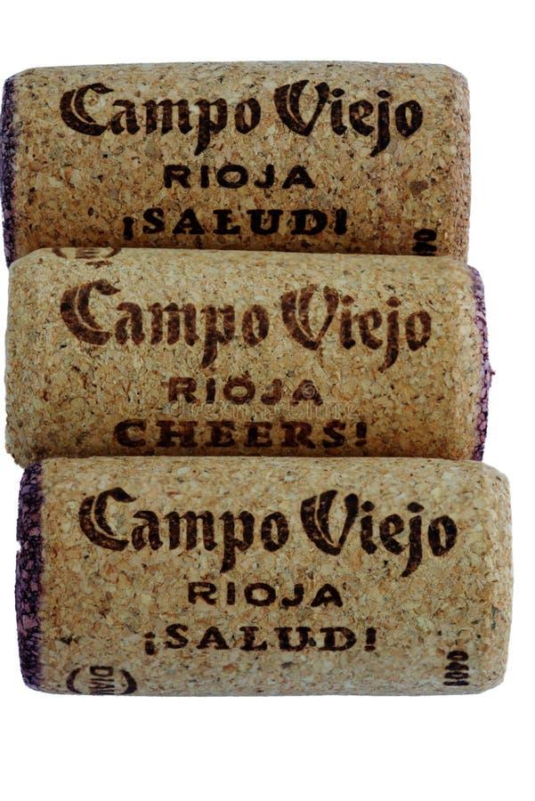 Trzy czerwone wino korka w kolumnie obrazy stock