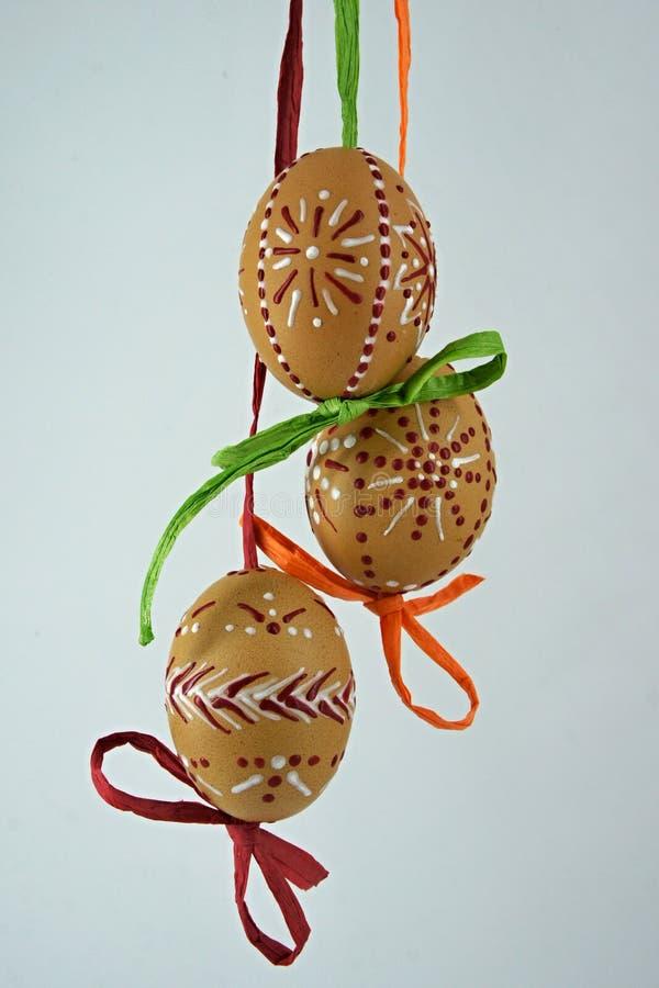 Trzy Easter jajka malującego z woskiem fotografia royalty free