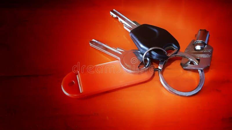 Trzy klucz i etykietka obrazy stock