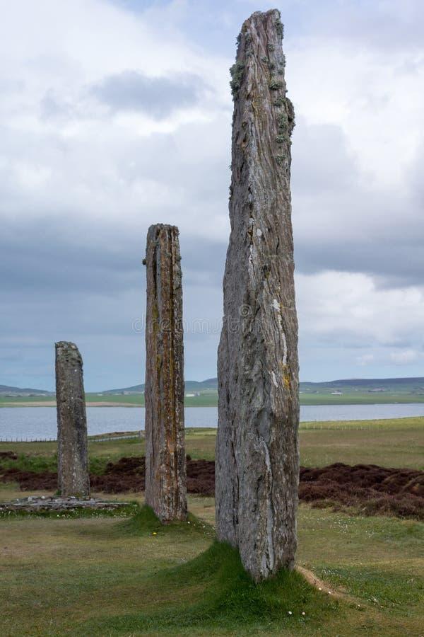 Trzy menhirs przy pierścionkiem Brodgar Neolityczny Kamienny okrąg fotografia stock