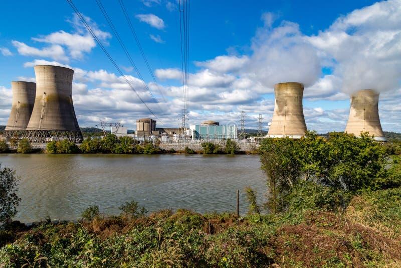 Trzy Mile Island energa jądrowa Wywołująca roślina obrazy stock