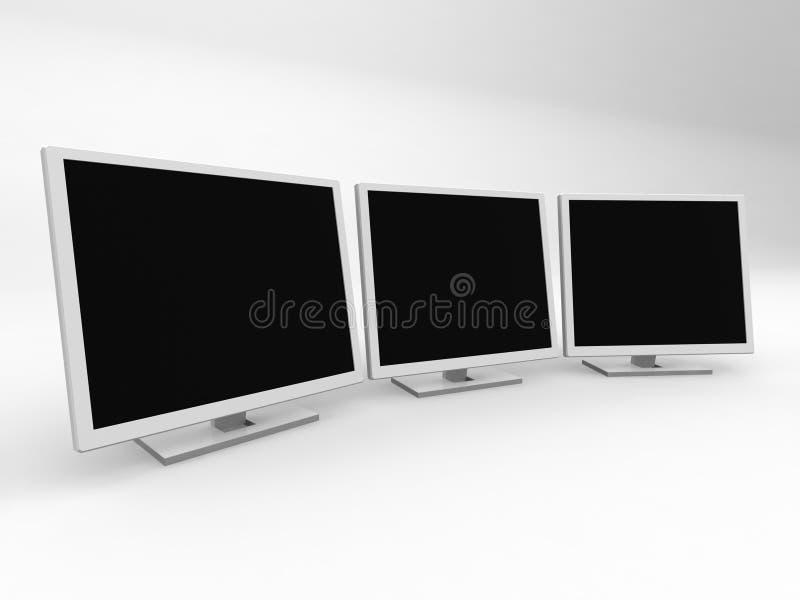 trzy monitory