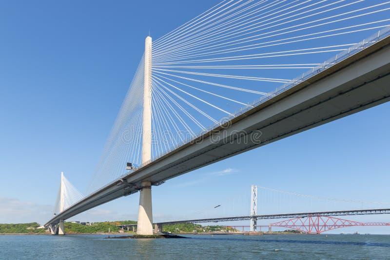 Trzy mosta nad Firth Naprzód blisko Queensferry w Szkocja obrazy royalty free
