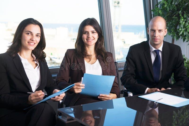 Trzy motywują businesspersons zdjęcie royalty free