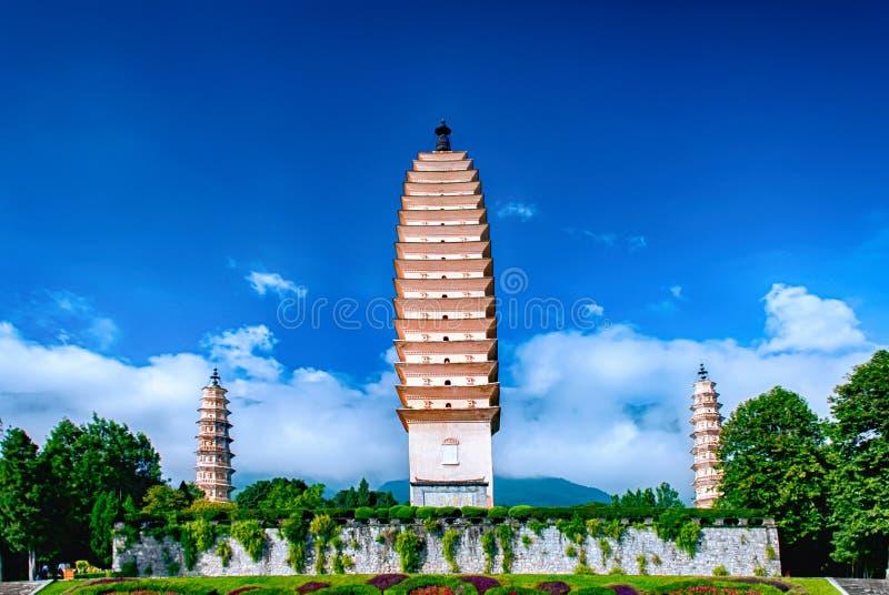 Trzy pagody Chongsheng świątynia blisko Dali Starego miasteczka, Yunna obraz stock