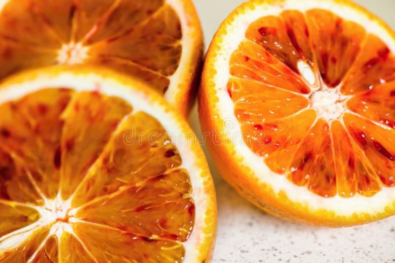 Trzy przekrawająca czerwona krwionośna pomarańcze zdjęcie royalty free