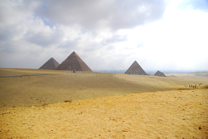 trzy pyramides giza obrazy royalty free