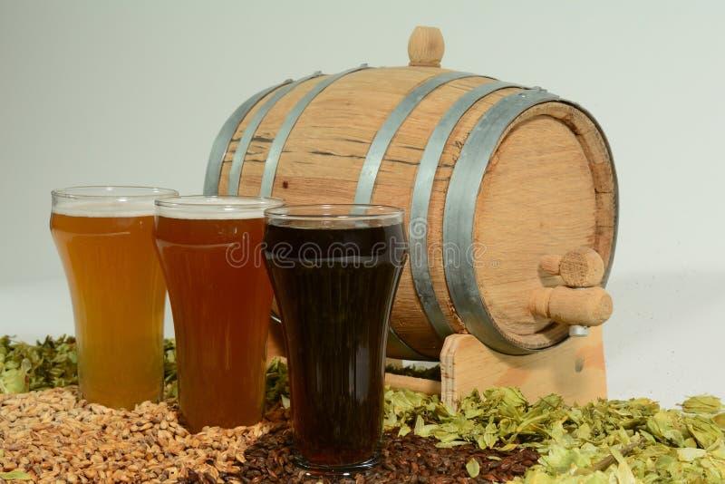 Trzy różnego barwionego piwa zdjęcie stock