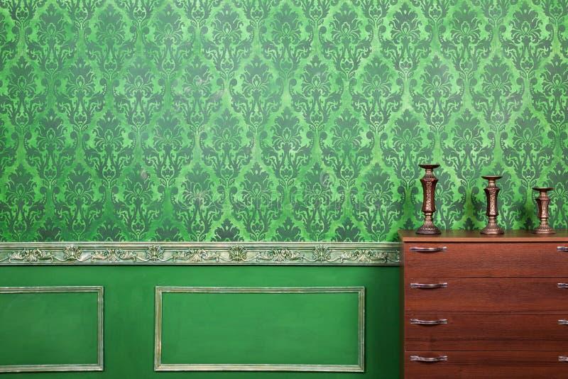 Trzy rocznik świeczki właściciela w retro rokoko projektują pokój zdjęcia royalty free