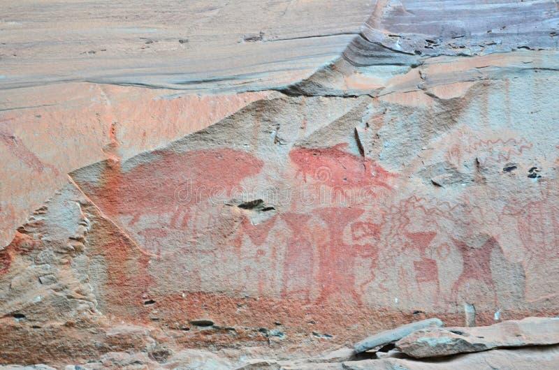 Trzy tysiące rok hematytu obraz na Pha Taem falezie w Tajlandia obraz stock