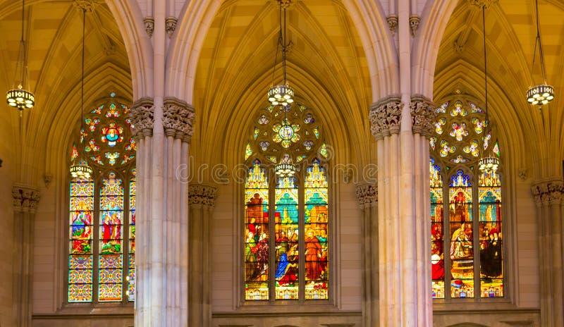 Trzy witrażu Windows St Patrick's katedra obrazy royalty free