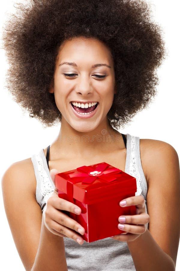 Trzymać prezent fotografia royalty free