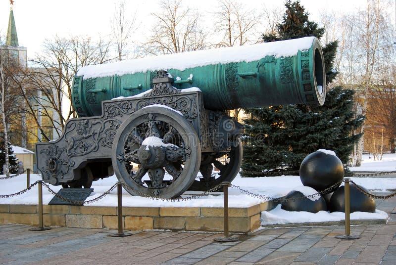 Tsar działo w Moskwa Kremlin w zimie (królewiątka działo) obrazy stock