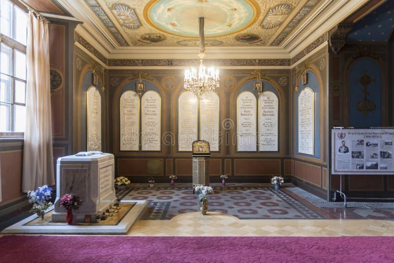 Tsarengraven in St Peter en Paul Cathedral in Heilige Petersburg, Rusland royalty-vrije stock afbeeldingen