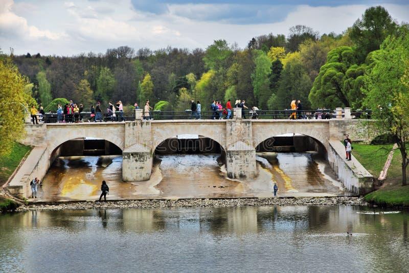Tsaritsyno公园建筑学在莫斯科 r 免版税库存图片