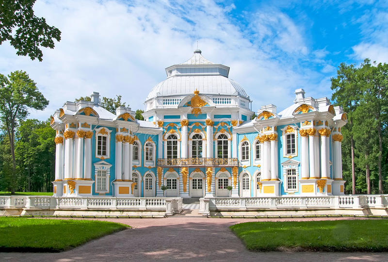 Tsarskoye Selo (Pushkin), St Petersburg, Rússia O pavilhão do eremitério fotografia de stock royalty free
