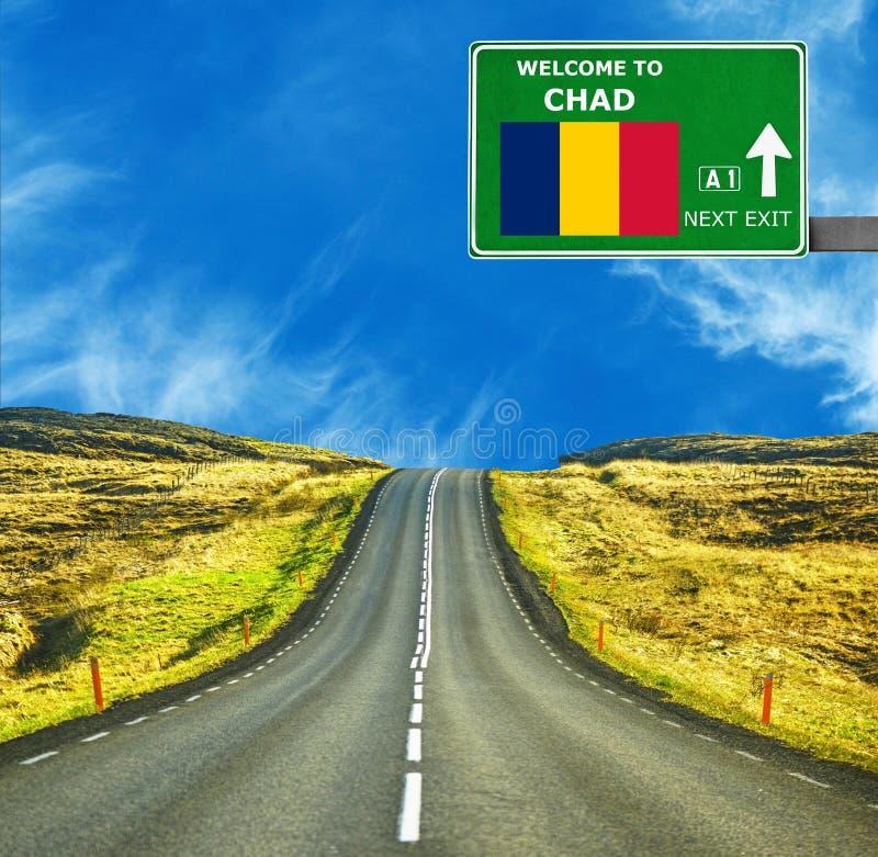 Tschad-Verkehrsschild gegen klaren blauen Himmel stockfotos