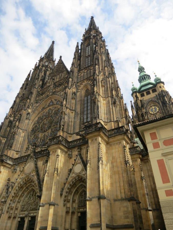 tschechisch Die Stadtkathedrale von Heiligen Vitus, Wenceslaus und Adalbert lizenzfreies stockfoto