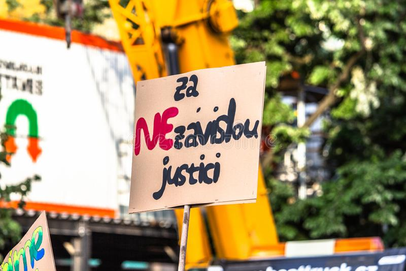 Tschechische Demonstrationsfahnen stockfotografie