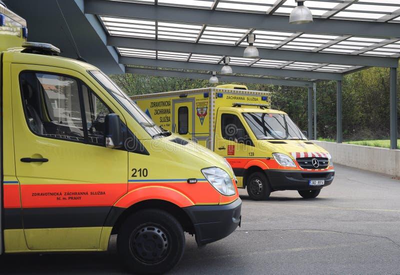 Tschechischer Krankenwagen stockfotos