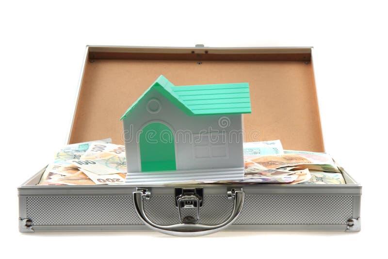 Tschechisches Geld und Haus stockfotos