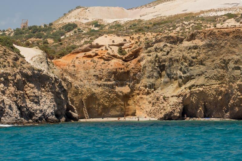Tsigrado strand med folk royaltyfri fotografi