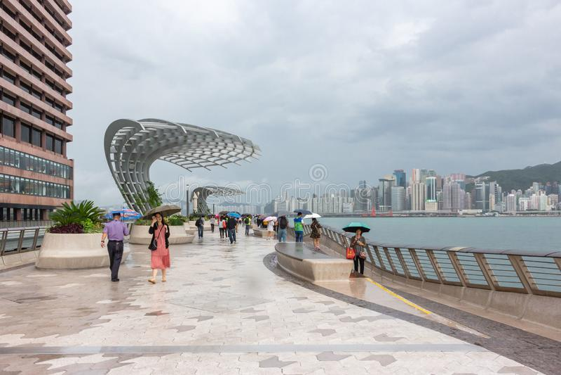 Tsim Sha Tsui Promenade ha chiamato Avenue delle stelle in Hong Kong in un giorno piovoso fotografie stock libere da diritti