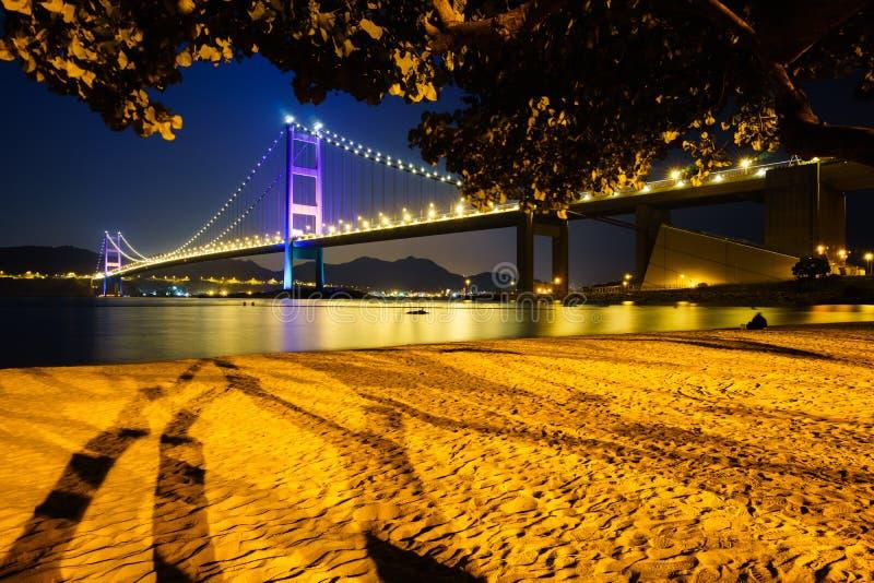 Tsing Ma桥梁,香港夜视图  库存图片