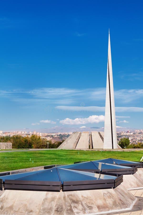 Tsitsernakaberd - het Armeense Volkerenmoordgedenkteken en het museum in Yerevan, Armenië stock foto's