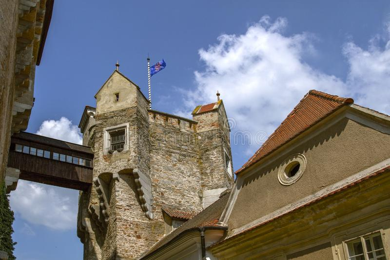 Tsjechisch Gotisch middeleeuws kasteel Perntejn Het Gebied van zuidenmoravian, Tsjechische Republiek Gebouwd aan het begin van de stock afbeelding