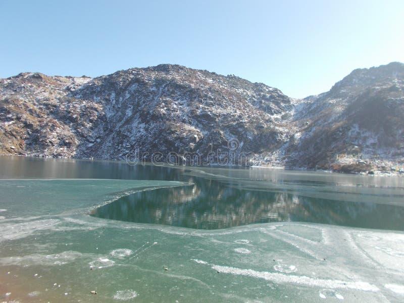 Tsomgo湖或Changu湖 免版税库存图片
