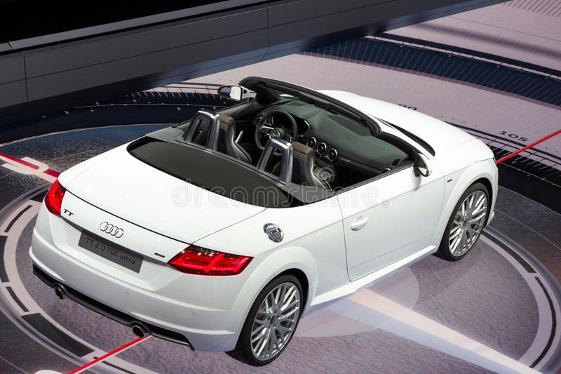 TT Audi μετατρέψιμο αυτοκίνητο στοκ εικόνες