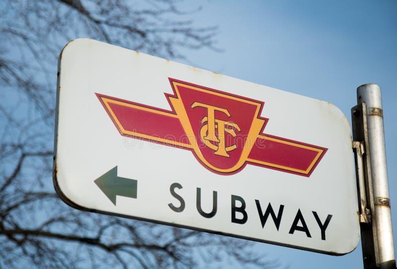TTC-U-Bahn-Zeichen lizenzfreie stockfotos